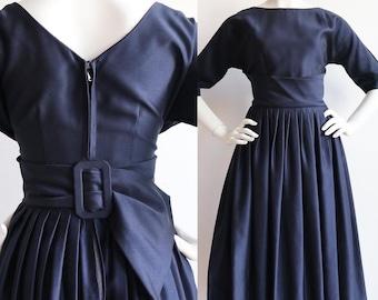 Vintage 1950s | Small | midnight blue swing dress