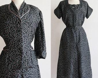 Vintage 1940s | medium-large | silk clothes hangers novelty print day dress jacket set