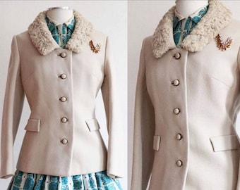 Vintage L 1950's | wool coat with Persian lamb collar | 50's fitted jacket