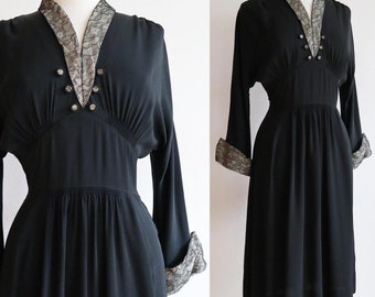 SALE Vintage 1940's | S-M | Smocked rayon jersey dress with chantilly lace details.