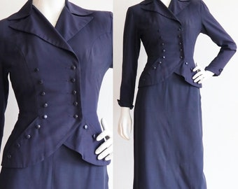 Vintage 1940s | Small | wool/silk fitted navy skirt suit
