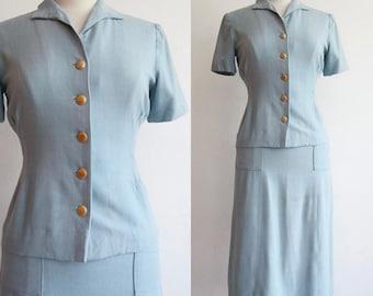Vintage 1940's   Extra Small   war-era powder blue linen skirt suit