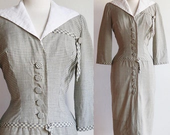 Vintage 1940s | Medium | wool gingham wiggle dress with detachable winged collar