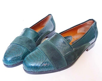 05091fb5bf4 Vintage 70 s Emerald genuine snake skin and suede loafers men s size 8!