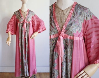 RARE antique 1900's | Medium | silk paisley dressing gown with Watteau back | Edwardian trousseau