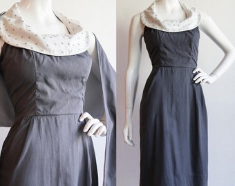 Vintage 1940s | S-M | cotton halter dress with rhinestone detail, cotton piqué collar and matching shawl.