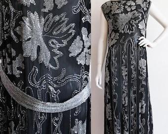 Vintage Antique 1920s | M-L | Exquisite heavily beaded, cotton batiste flapper dress with back belt