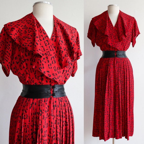 Vintage 1940s | Large | silk geometric Leopard pri