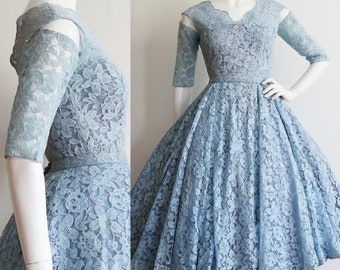 Vintage 1950s | Small | two piece floral lace party dress with detached sleeves and full circle skirt.