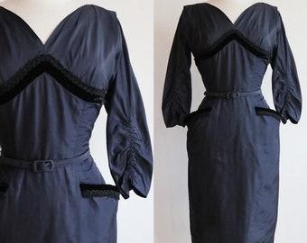 Vintage 1950s   Small   silk taffeta bombshell dress by Terry Allen