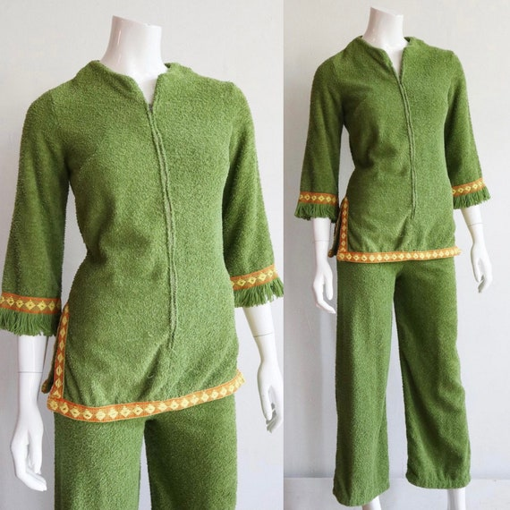 Vintage 60s/70s | Small | embroidered terry cloth