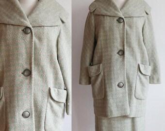 Vintage 1960s   houndstooth cocoon coat