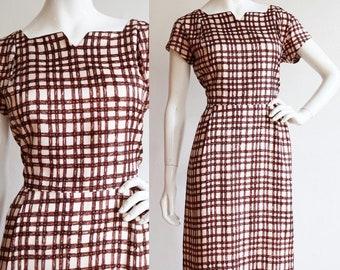 Vintage 1950s | M-L | Woven print sheath dress