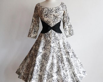 Vintage 1950s   XS   silk holiday party dress   New Look