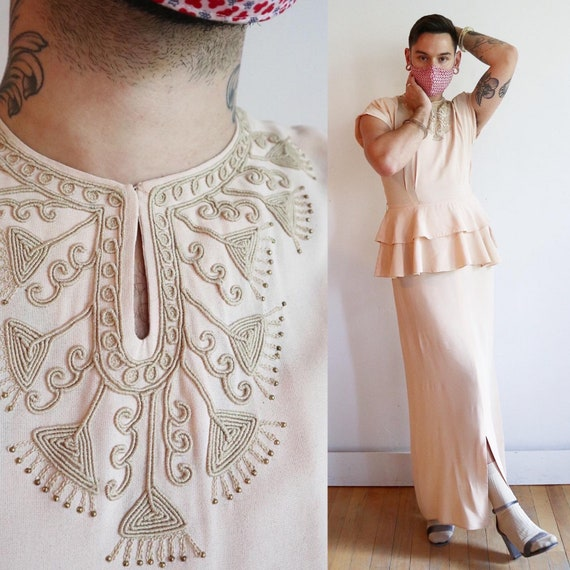 Vintage 1940s   Large   peach rayon jersey crepe p