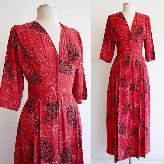 Vintage 1940s   Small/Medium   bright coral rayon