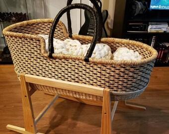 Couffin bebe raffia braided