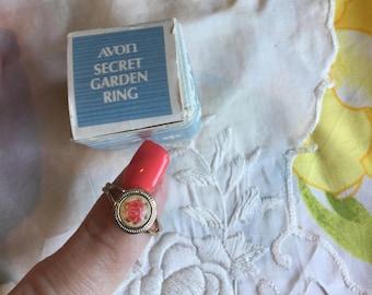 SALE! NIB Vintage Avon Secret Garden Ring, 1975