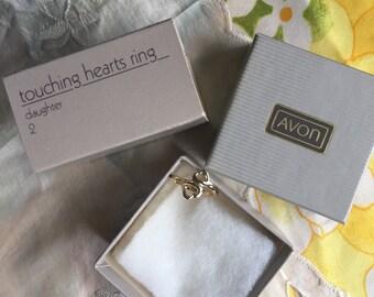 RARE!NIB Vintage Avon Touching Hearts Ring/Daughter, Size 2, 1984