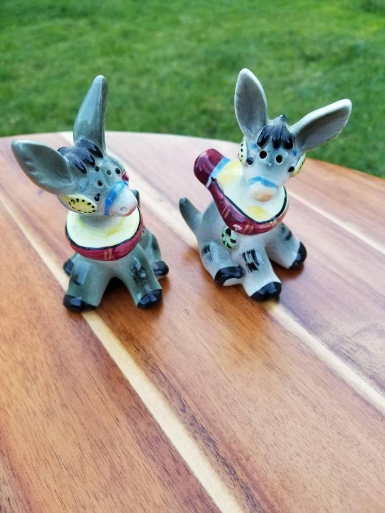 Hippity Donkey Japanese Salt and Pepper Shaker Vintage Chic Upbeat Lazy Lackadaisical Look.