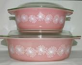 Vintage Pyrex Pink Daisy Cinderella Casserole Dish Set w Lids 043 1-1 2Qt 045 2-1 2Qt Beautiful