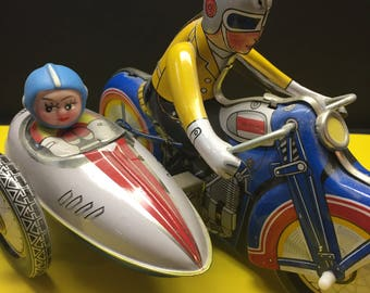 Tin Toy Wind-up Morotcycle and Sidecar
