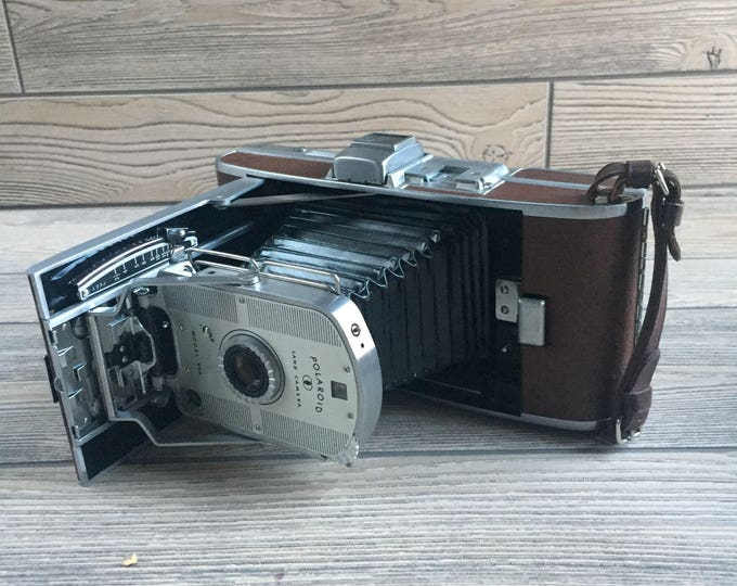 Featured listing image: Polaroid Speedliner Model 95A Land Camera
