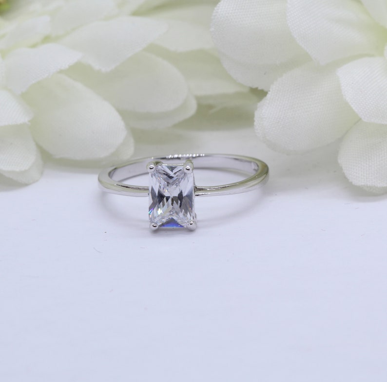 1.14 Carat Radiant Cut Simulated Diamond Solitaire Wedding Engagement Ring Solid 925 Sterling Silver