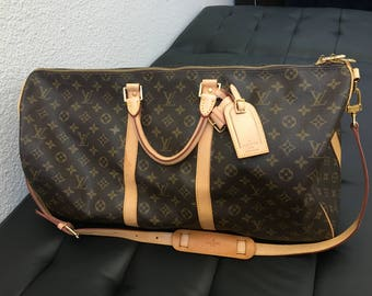 595bb84ac8bed 100% Authentic LV Louis Vuitton Bandoulière Keepall 55 + Luggage tag +  Handle Poignet