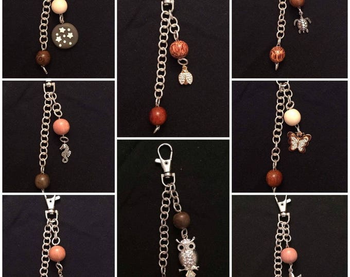 Keychain with wooden pearls