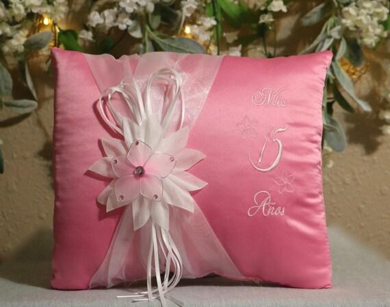 15 Anos Pillows: Quinceanera Pillow/Flower Theme/Tiara Pillow/My 15 Anos