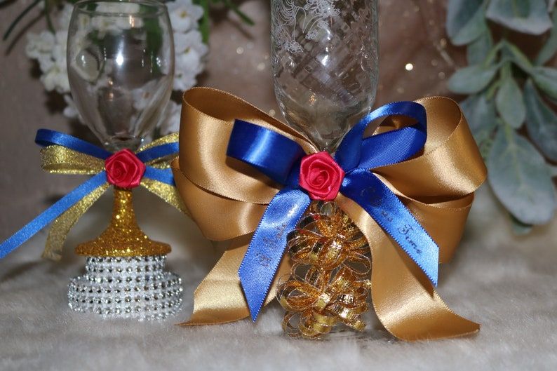 Quinceanera Party AccessoriesDecorated GlassesBeauty and The Beast themeGoldRibbonToasting Glasses