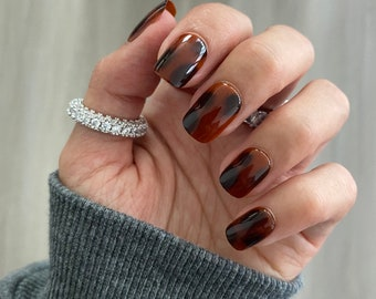 Tortoise / Square Nails / Press On Nails / Nail Designs / Fake Nails / Glue On Nails / Stick On Nails / Nails with Designs / Nails Square