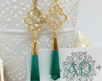 Emerald green Onyx Dangle Earrings Matte Gold Textured Swirly Filigree Teardrop Glass Earrings Wedding Jewelry Bridesmaid Gift must have