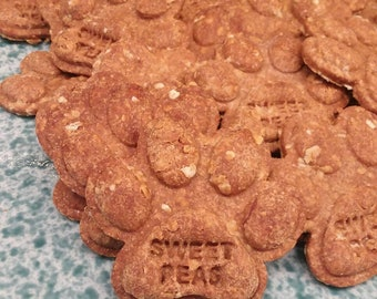 Dog Treats Homemade Cookies Sweetpeas Paws Banana Peanut Butter Healthy Baked Puppy Fresh Natural Pet Snacks Gifts Large Bones sample