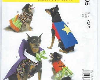 McCalls 7495 - Pet Costumes