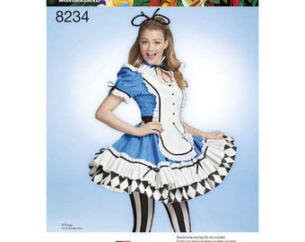 Simplicity 8234 - MISSES Alice in Wonderland Costume / Alice