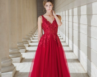 0e0643e046 Mysteria - Selena Huan handmade ruby red V-check lace light-weighted  low-back A-line gown wedding dress - Final Sale