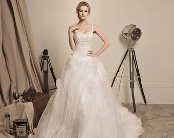 f9f4d77eac351 Arrival of the Queen - Selena Huan handmade Beaded Lace Sweetheart Ruffled  Organza Ball Gown Wedding Dress - Final Sale