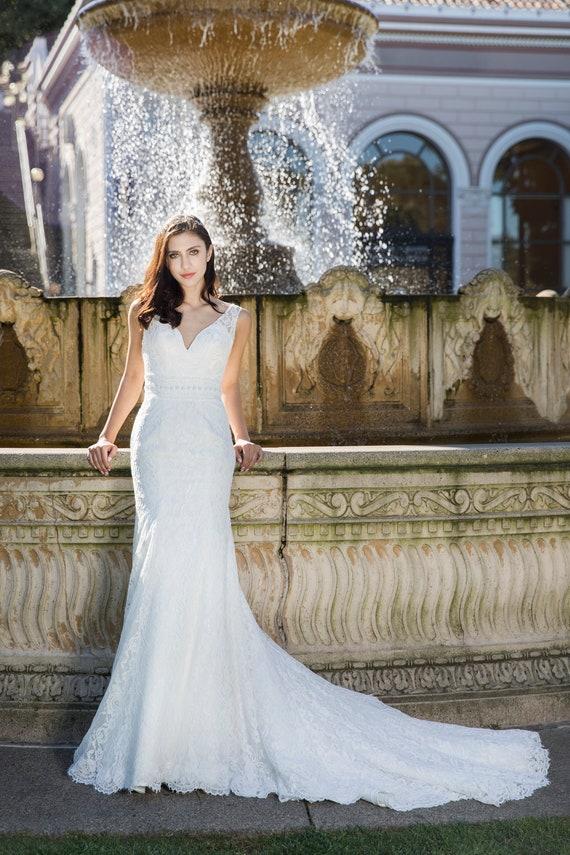 6d08a2ea654e White Destiny Selena Huan handmade V-check soft floral | Etsy