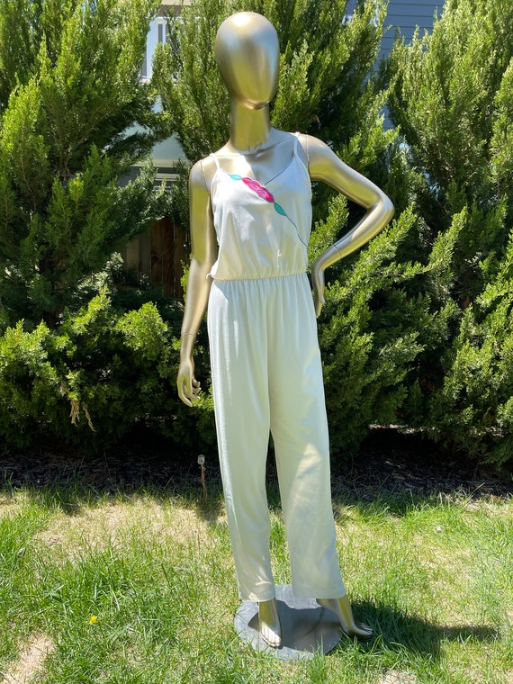 1970s White Polyester Jumpsuit - image 3