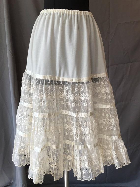 1950s Lace Skirt Slip
