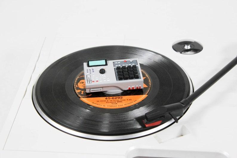 Mpc 2000xl 45 RPM Adapter image 0