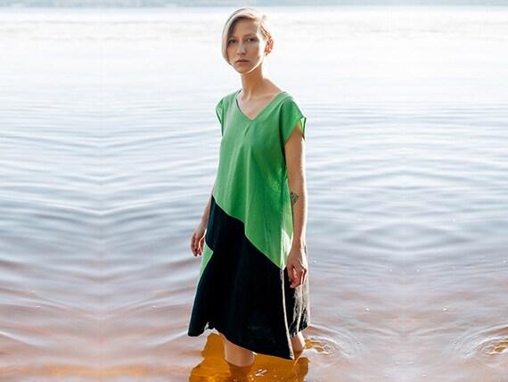 Leinenkleid, Color Block Kleid, lange Tunika, jeden Tag grün und schwarz Kleid, asymmetrische kurzes Kleid, minimalistische bequem ~ Mitahara ~