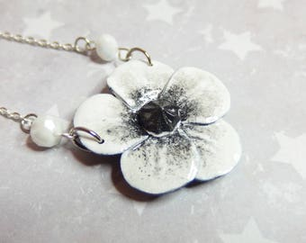White poppy Flower necklace / necklace poppy flowers