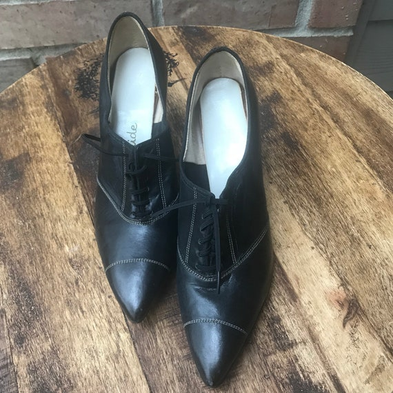 Stylepride - Oxford Heels - Oxford Shoes - Vintage