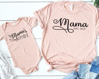 Mommy and Me, Mommy and Me Outfit, Baby Shower Gift, Matching mom and baby shirts, Mama's Mini, Grandmother Gift, Mother's Day, Peach Shirt