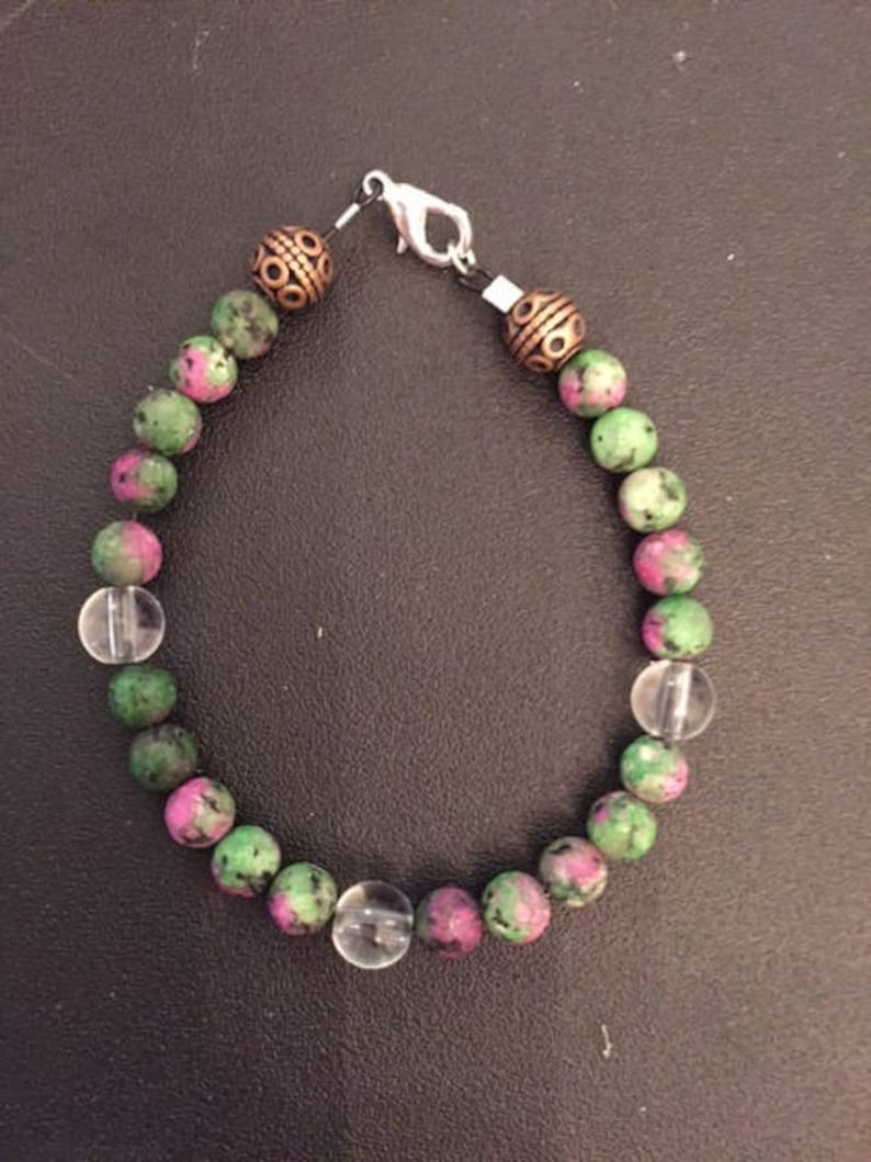 Handcrafted beaded bracelet Elastic cord with clasp