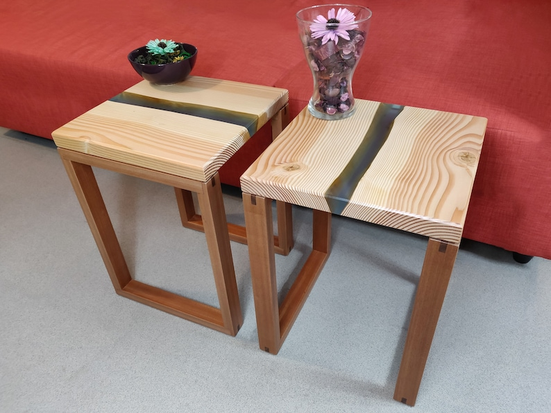 River Style Side Table Pine Resin and Mahogany image 0