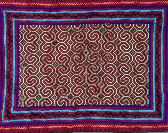 "AUTHENTIC SHIPIBO Ceremonial cloth  Xao Kene ancestral information inspired on AYAHUASCA vision hand embroidered 20""x15""  50x38 cms"